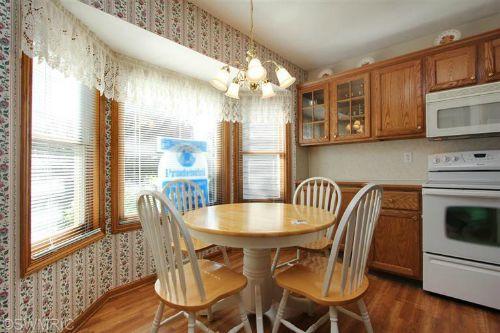 old kitchen 12