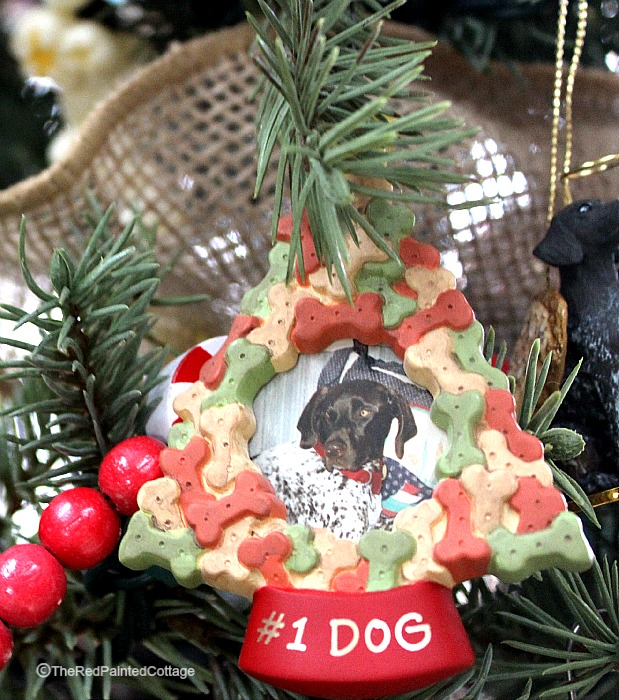 Christmas ornaments10