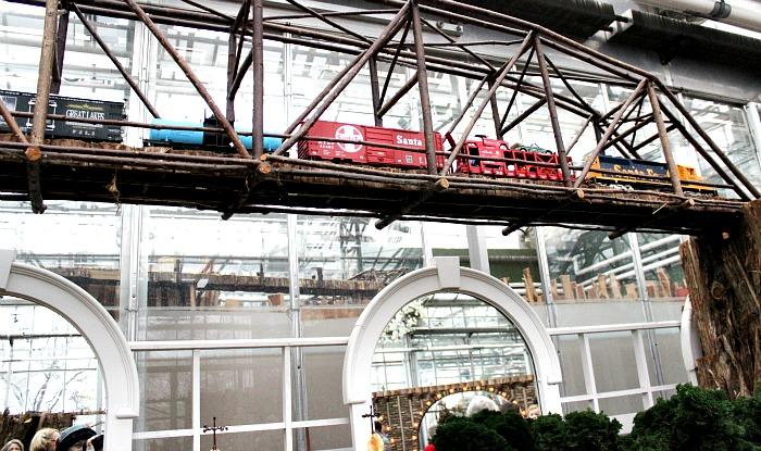 Gardens Train