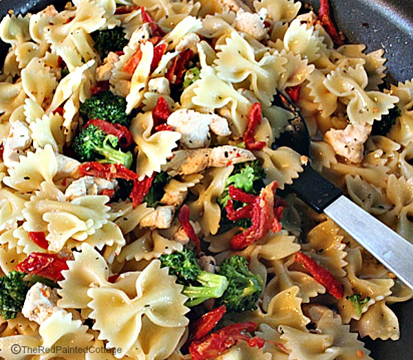 Chicken And Broccoli Bow Tie Pasta