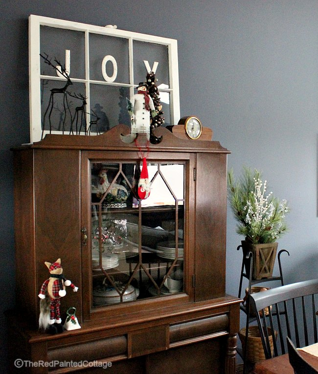 Our 2016 Christmas Home Tour Part 2 - The Red Painted Cottage