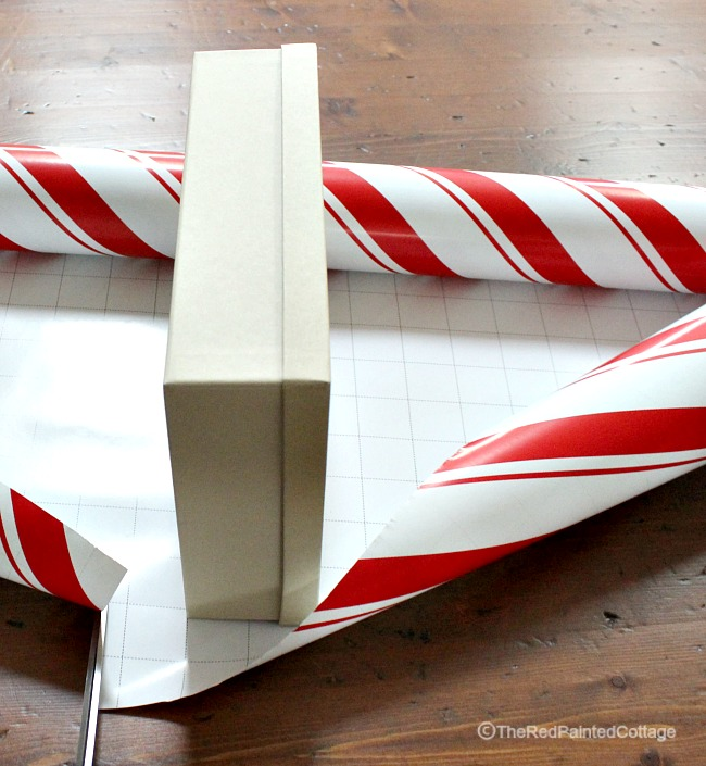 Tips, Tricks and Ideas for Wrapping Presents - The Red Painted Cottage