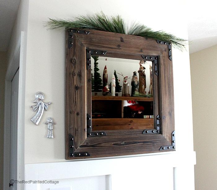 Christmas mirror1