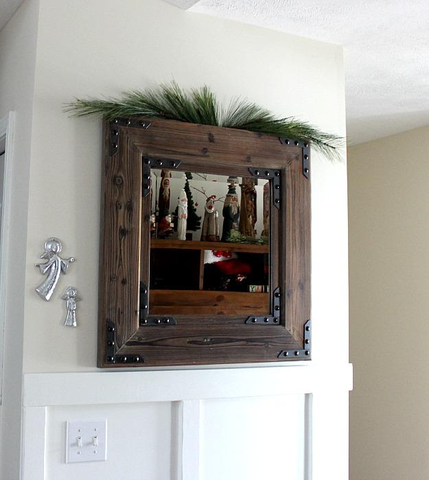 Christmas mirror2