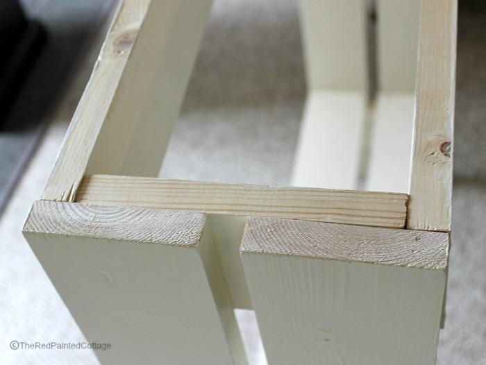 narrow table1
