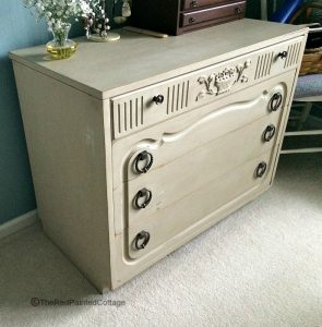 You Will Not Believe How This Dresser Looks Now!