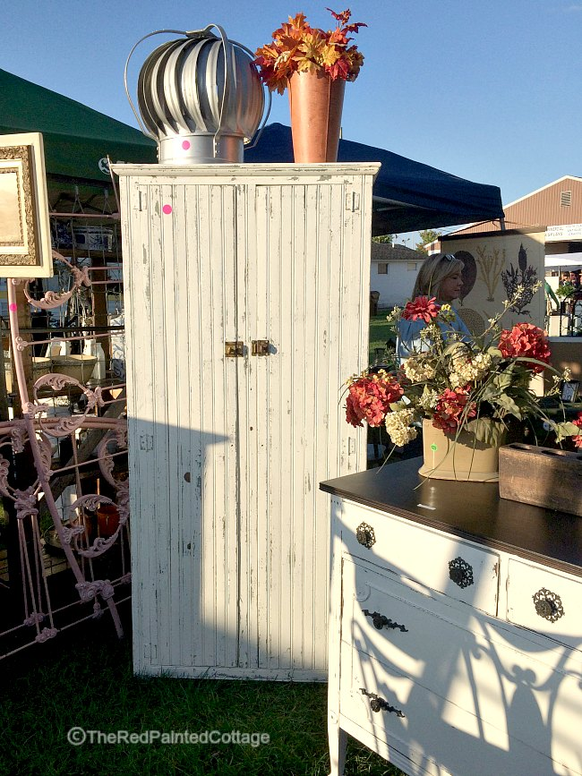 Great Vintage Flea Market Finds, The Red Painted Cottage