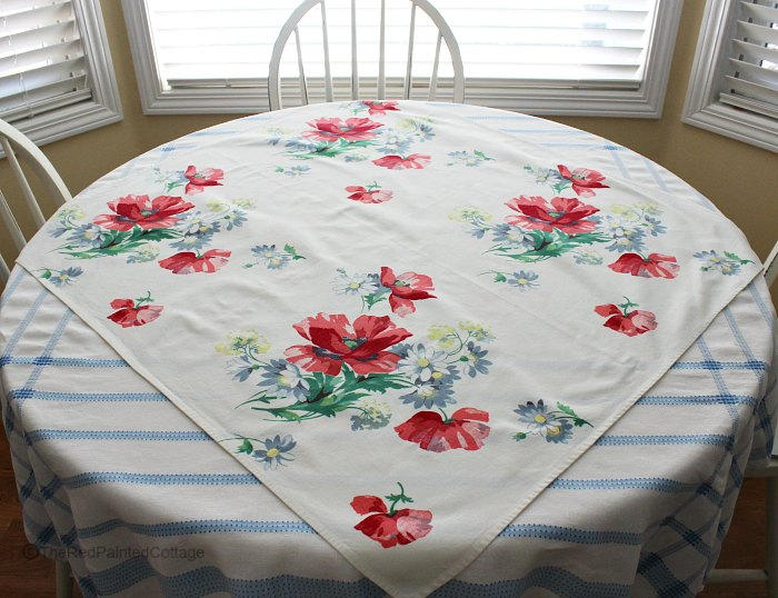 My Love Of Vintage Tablecloths